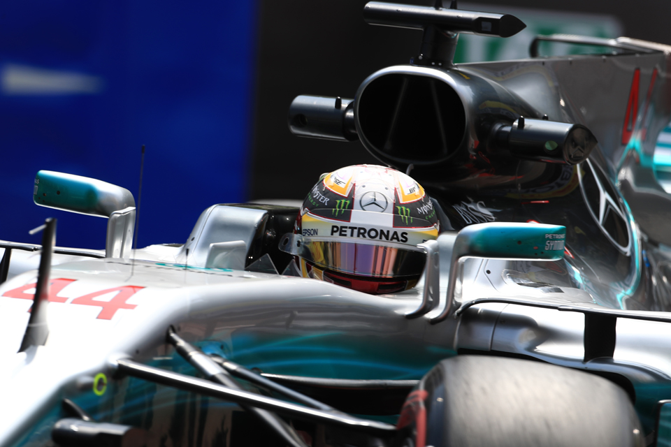 Hamilton leads all-Mercedes front row in Baku – Qualifying Report