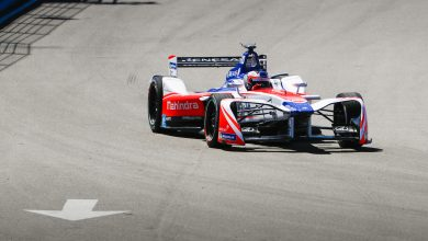 Photo of Rosenqvist fastest as Lynn crashes again – FP2 Report