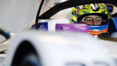 Photo of Rookie Sims tops first Valencia Formula E test day