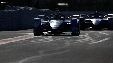 Photo of Sims fastest again on wet-dry final Formula E test day