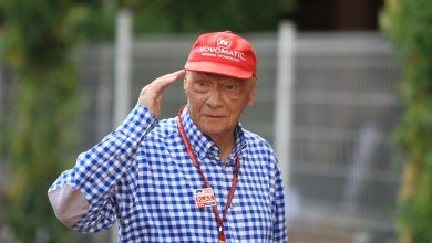 Photo of Niki Lauda discharged from hospital