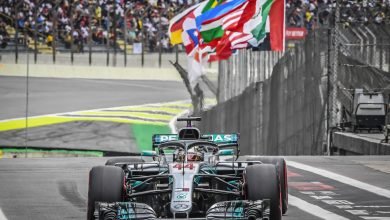 Photo of Hamilton wins as Verstappen gets hit by lapped car – Race Report