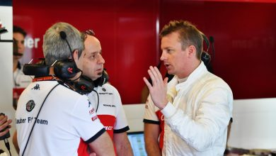 Photo of Raikkonen's first day with Sauber ends early with engine problem