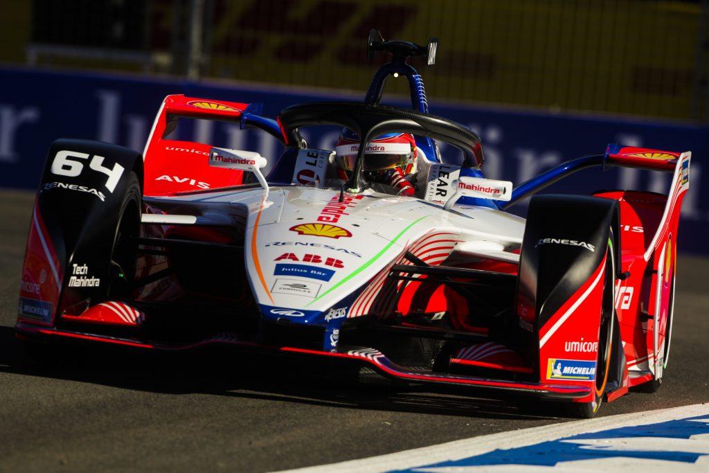 d'Ambrosio wins as BMW team-mates collide