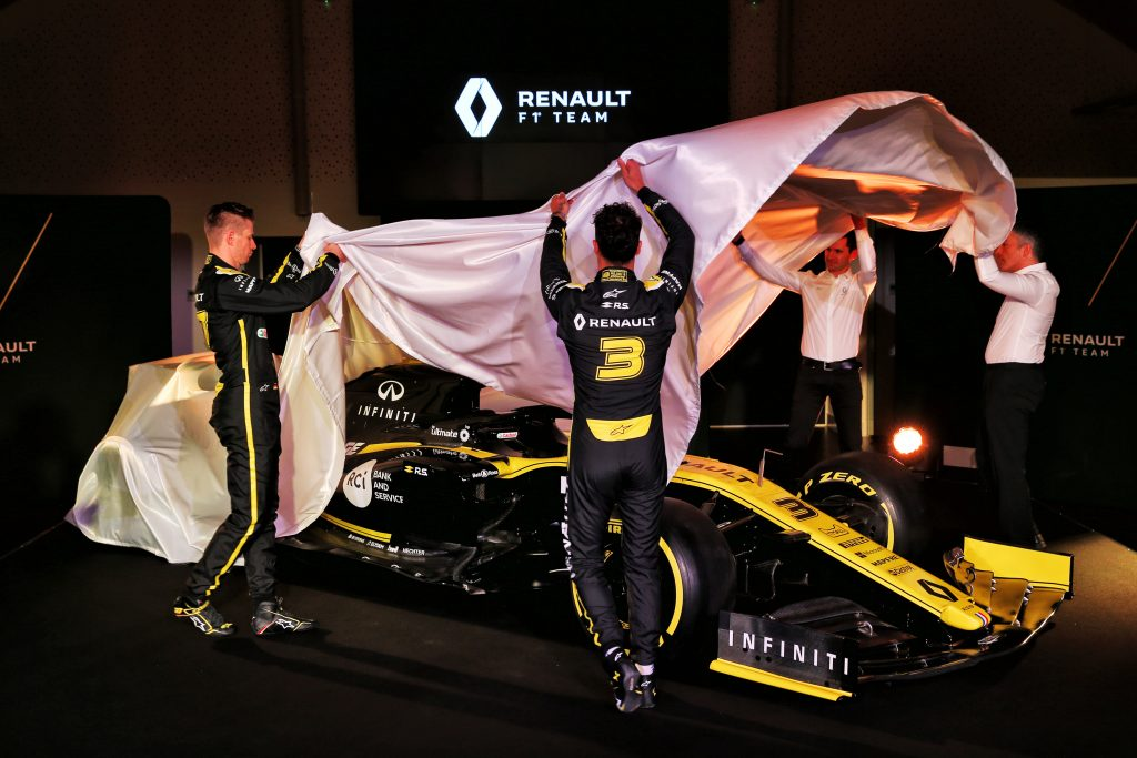 F1 Formula 1 Renault Daniel Ricciardo car launch 2020