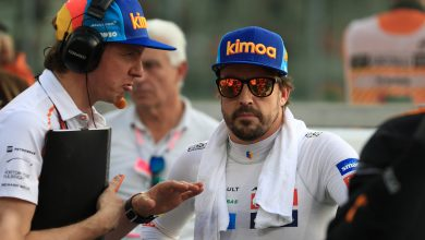 Photo of Fernando Alonso appointed McLaren ambassador as he visits F1 testing