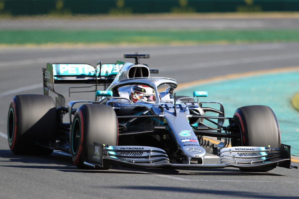 F1 - Hamilton leads Mercedes front-row lockout - Qualifying