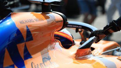 Photo of MGU-K issues force Sainz in fiery race retirement