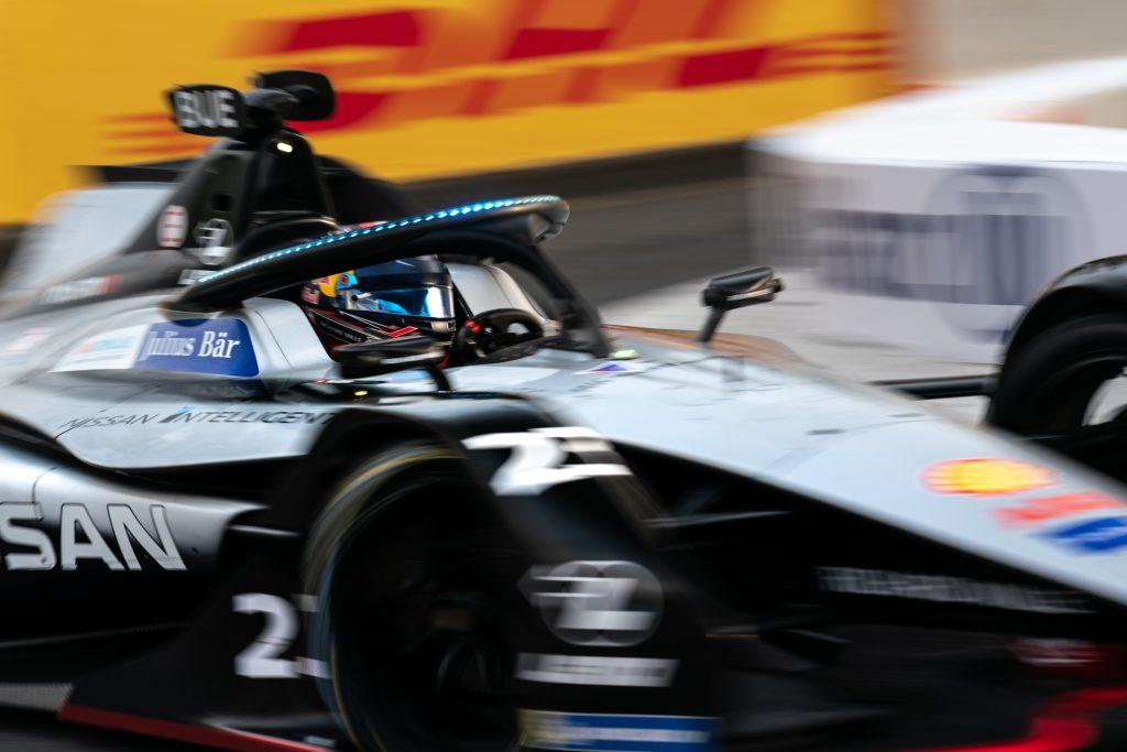 Buemi overcomes crash to top Sanya Formula E practice