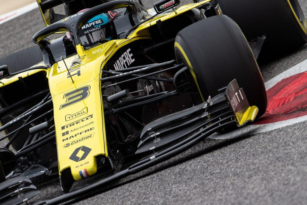 Ricciardo Bahrain Test Day One Renault