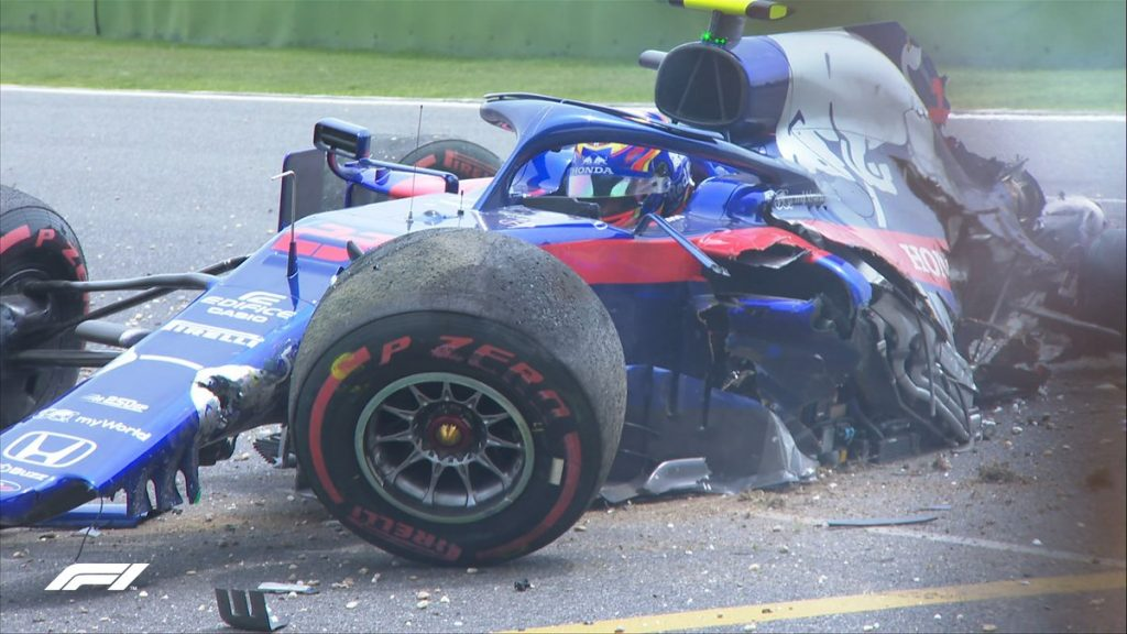 Race against time for Toro Rosso ahead of qualifying after Albon crash