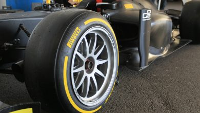 Photo of Pirelli boss Mario Isola explains the technical challenge of changing to 18 inch tyres