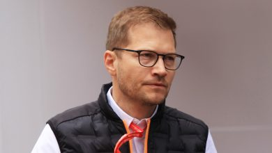 """Photo of Seidl: Tyre talk distracts from """"far bigger"""" F1 issues"""