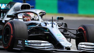 Photo of Hamilton pips Verstappen to tease qualifying showdown