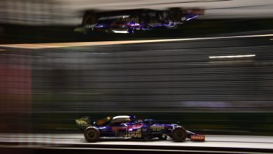 Photo of Kvyat blames Raikkonen for late race clash