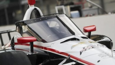 Photo of Pagenaud & Hunter-Reay test IndyCar Aeroscreen in the wet