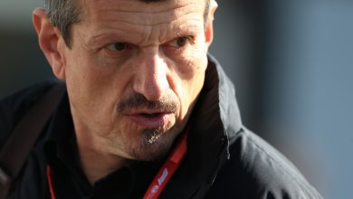 Photo of Guenther Steiner summoned over radio comments