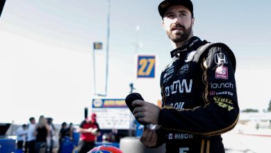 Photo of Schmidt: Decision to drop Hinchcliffe was 'gut-wrenching'