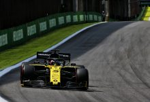 Photo of Ricciardo apologetic over Magnussen clash