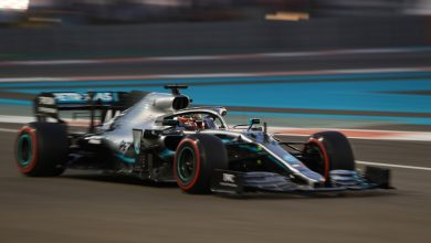 Photo of Hamilton takes pole position; Verstappen completes front row