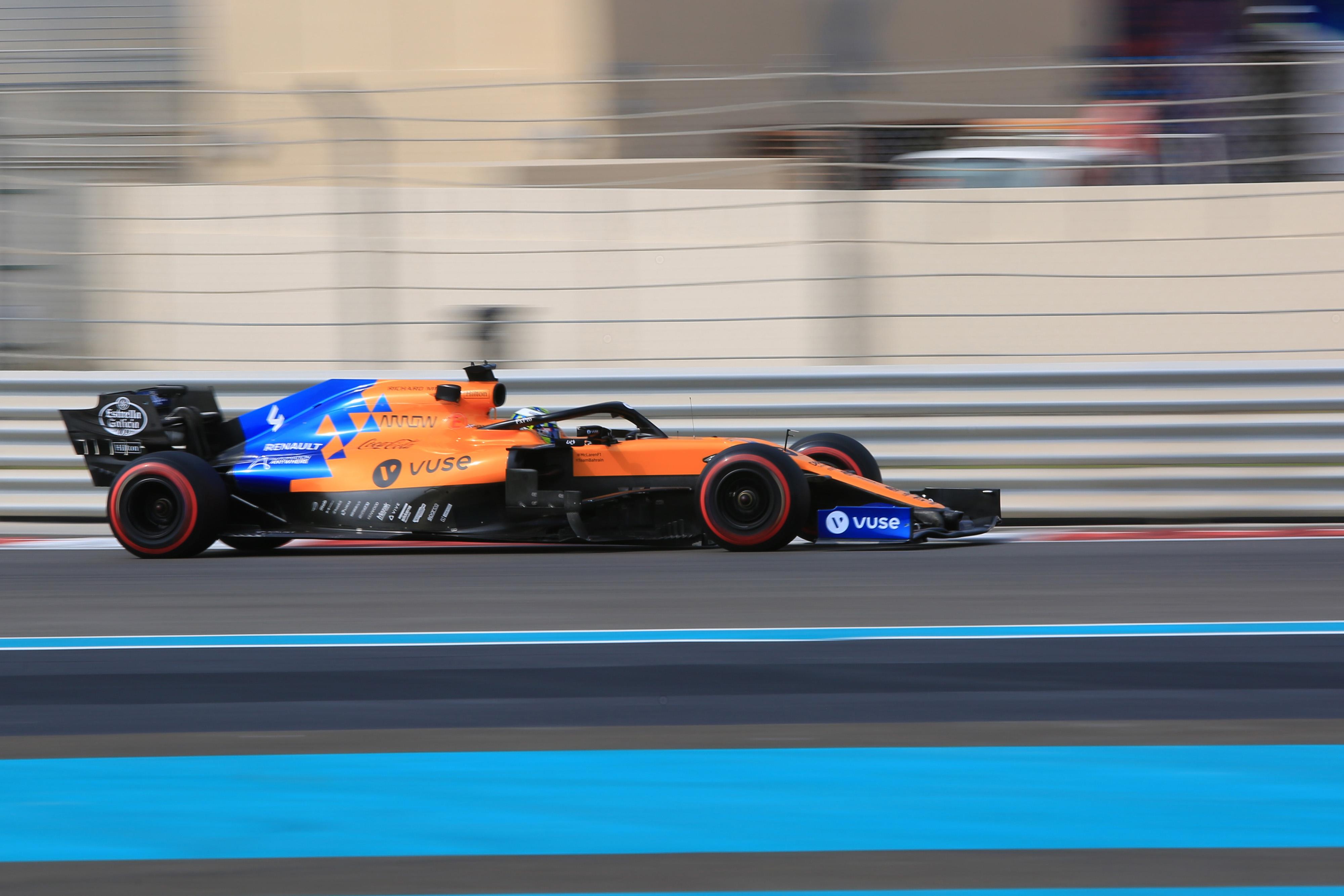 F1 Formula 1 Formula One Testing Pirelli Yas Marina Lando Norris McLaren different driving styles