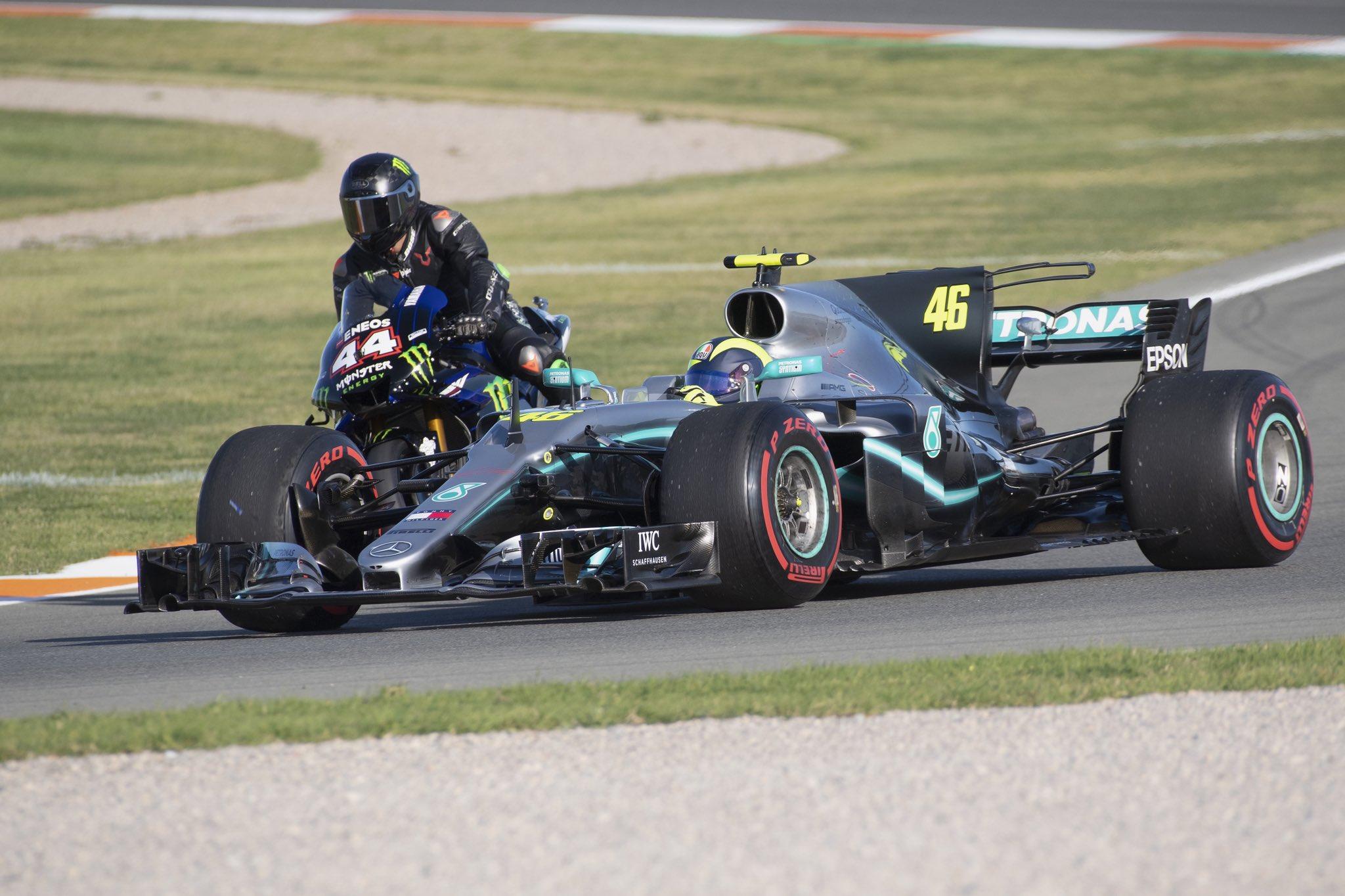 Formula 1 Valentino Rossi Lewis Hamilton Moto GP