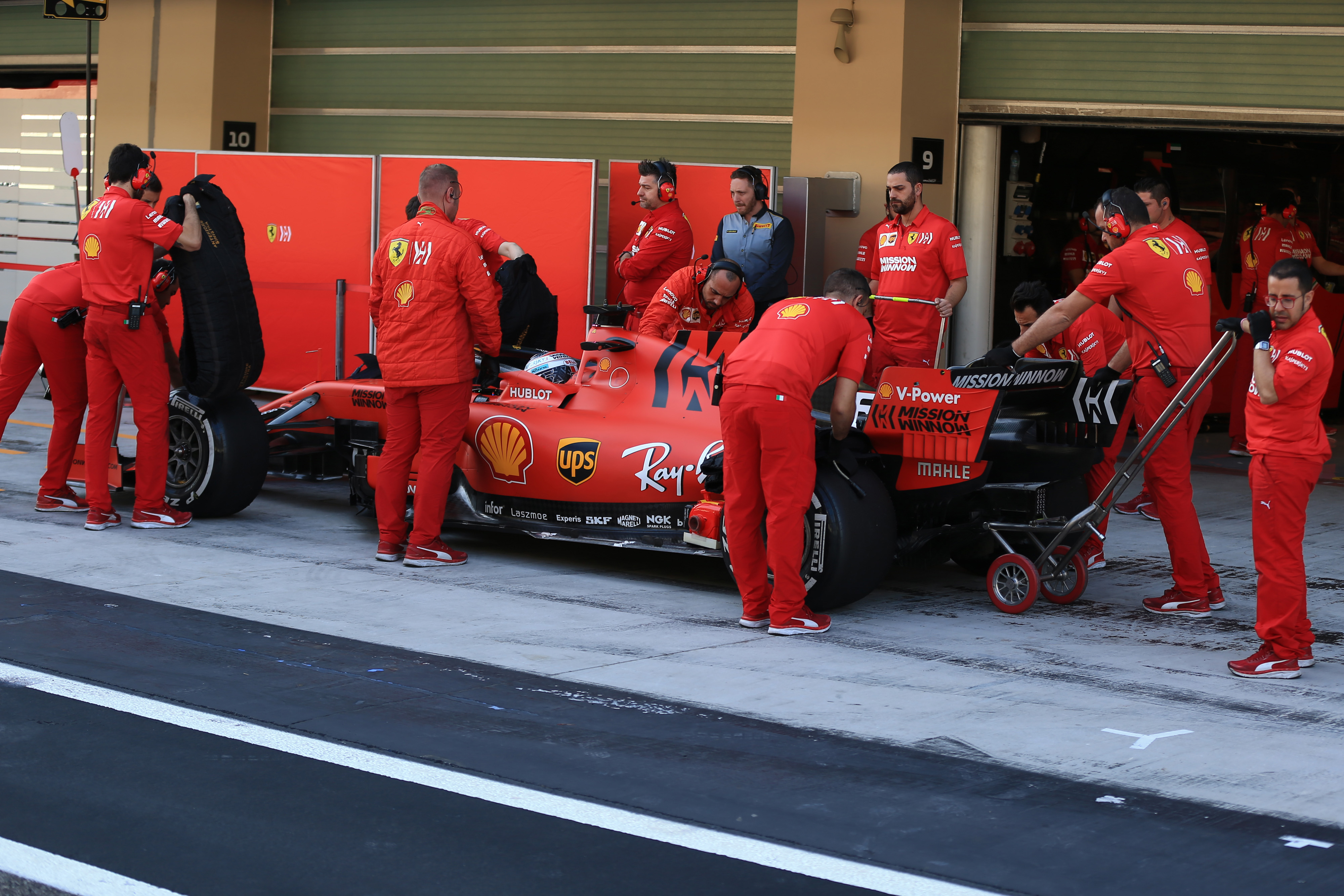 F1 Formula 1 Formula One Ferrari 18 inch mule car testing