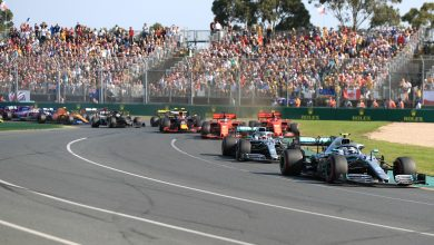 Photo of F1 holding auction to raise money for Australian charities
