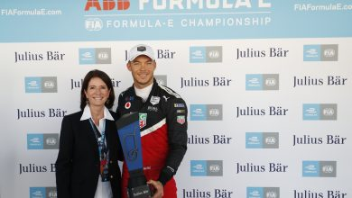 Photo of Lotterer bags Porsche's first Formula E pole