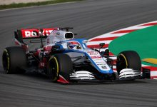 Photo of Pictures: Haas, Williams and Renault hit the track