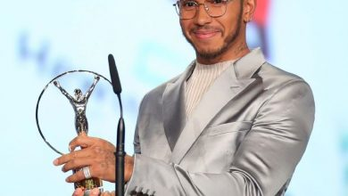 Photo of Hamilton wins joint Laureus Award with Lionel Messi