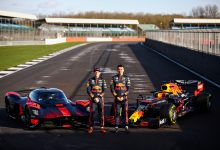 Photo of Verstappen and Albon sample the Valkyrie