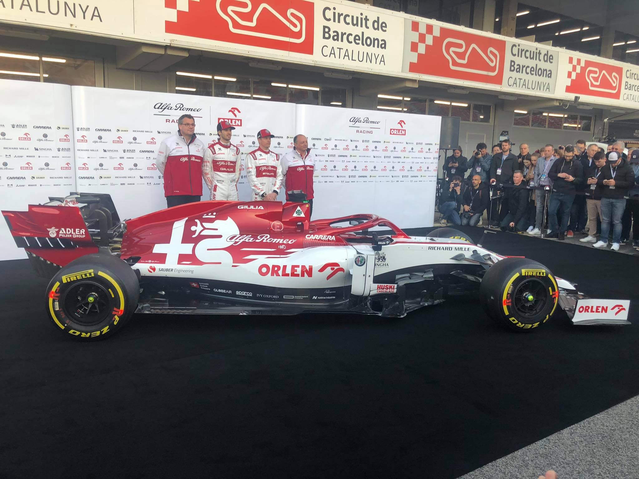 F1 Formula 1 Alfa Romeo launch