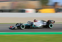 Photo of Hamilton leads Bottas for Merc 1-2 on opening day of first test