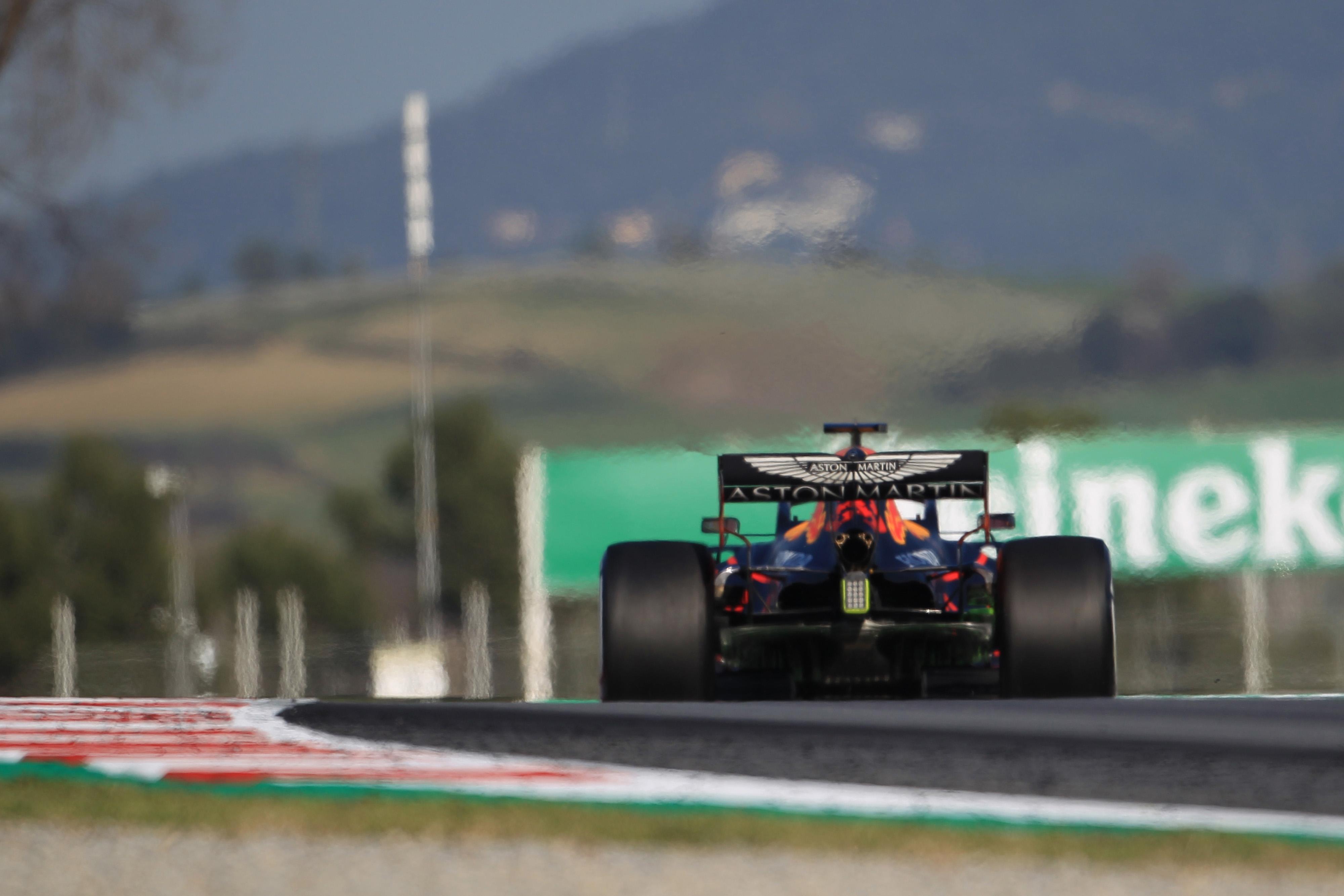 F1 Formula 1 Max Verstappen testing Red bull RB16 car