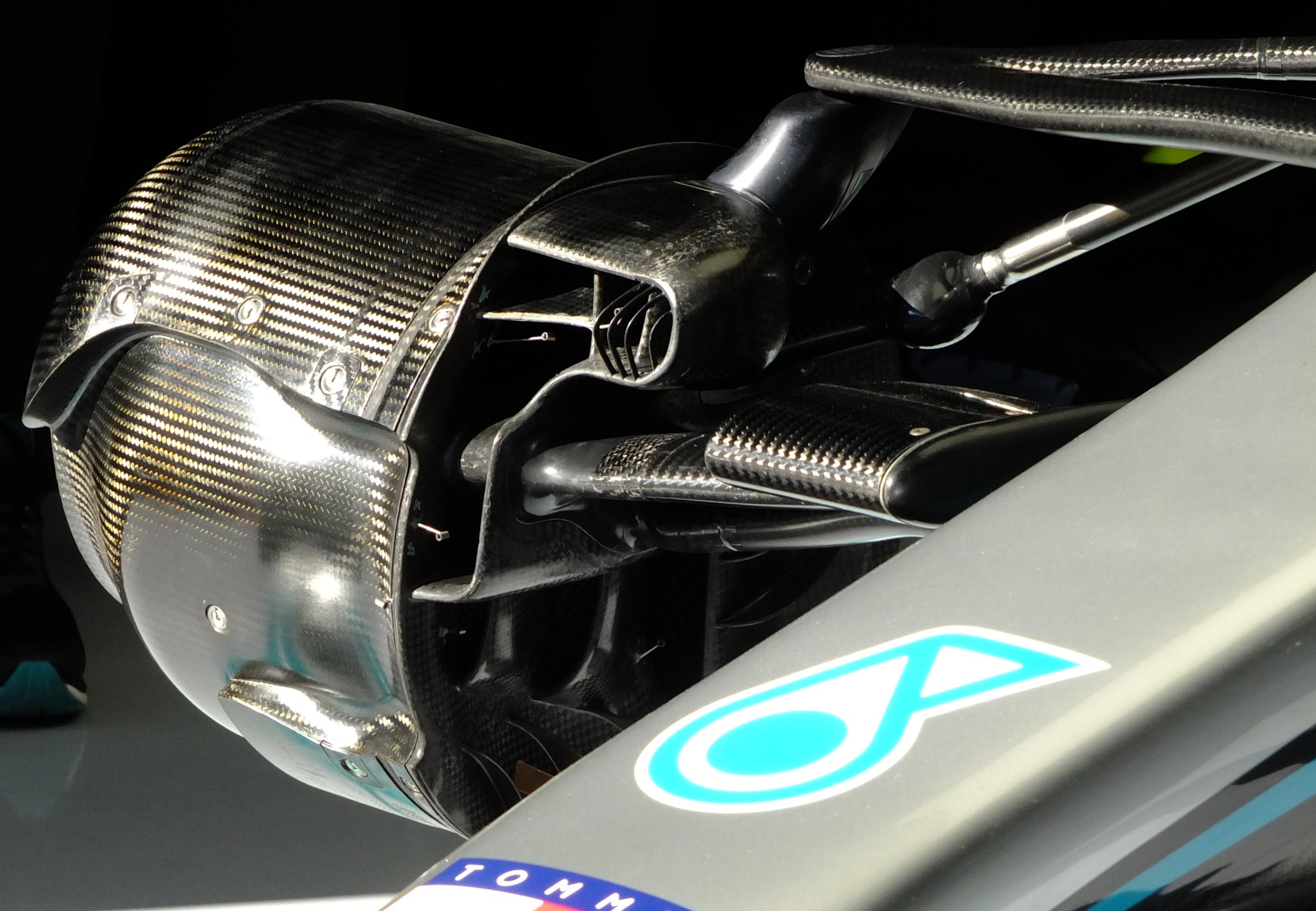 F1 Formula 1 Mercedes W11 steering system DAS