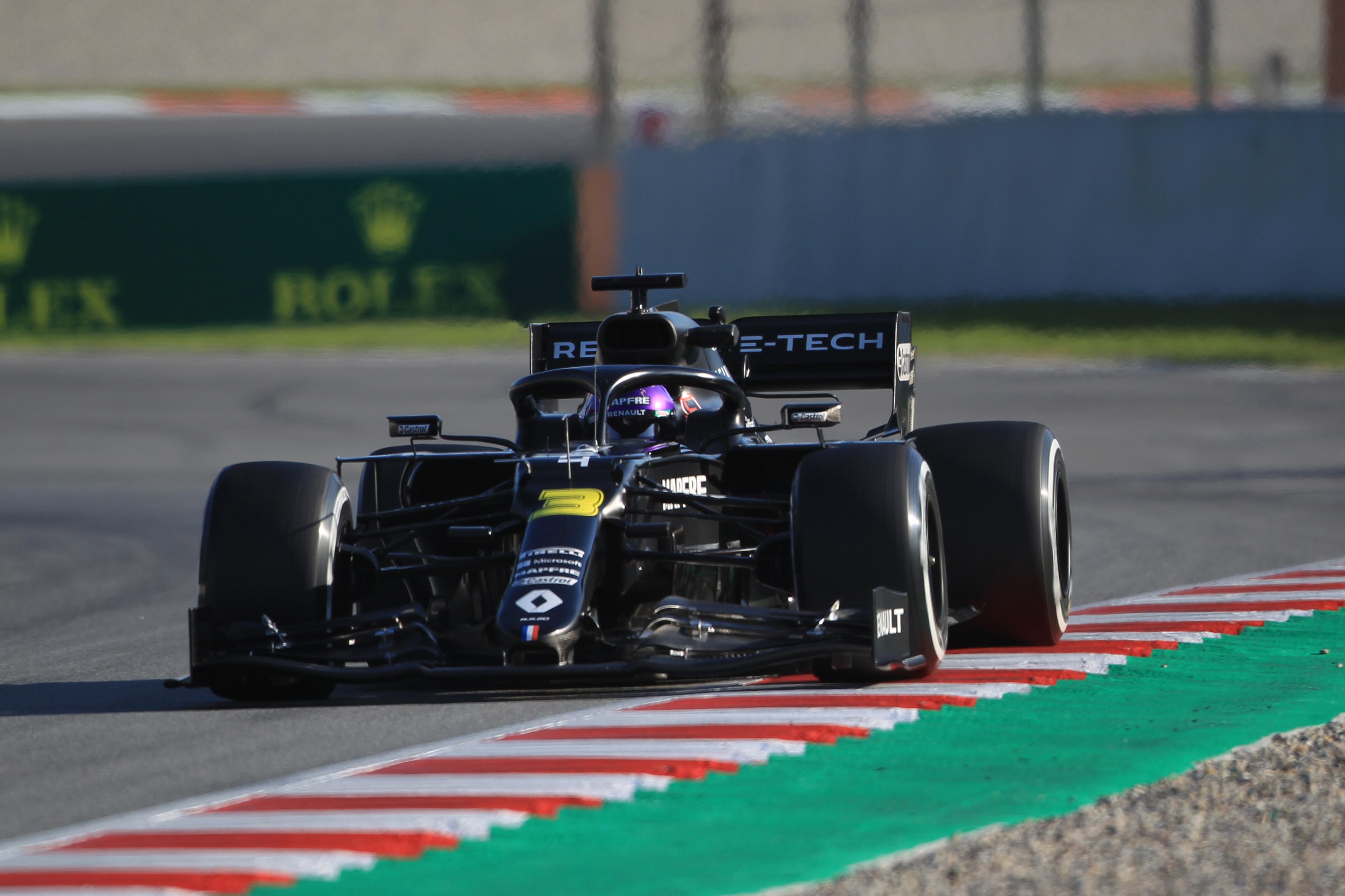 F1 Formula 1 Renault Daniel Ricciardo testing