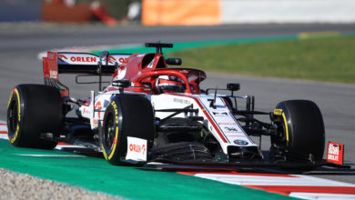 Photo of Raikkonen fastest on Day 2 of testing but triggers red flags