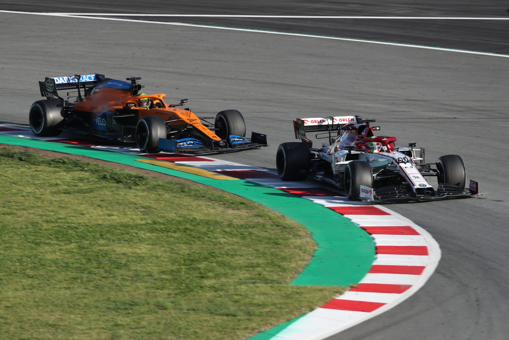 Giovinazzi 'not 100% happy' after tough final day