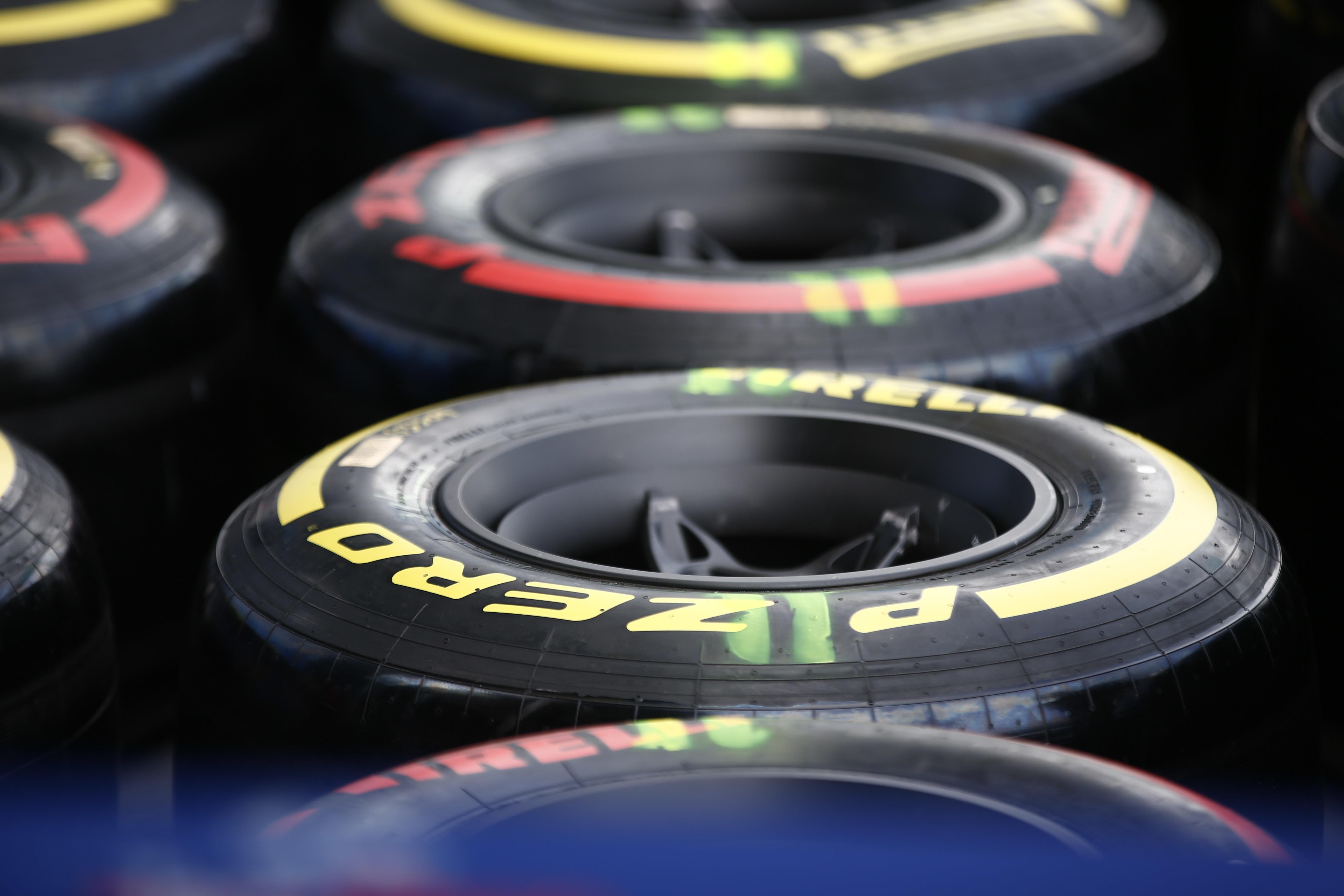Mercedes go softer for Melbourne – Tyre sets confirmed