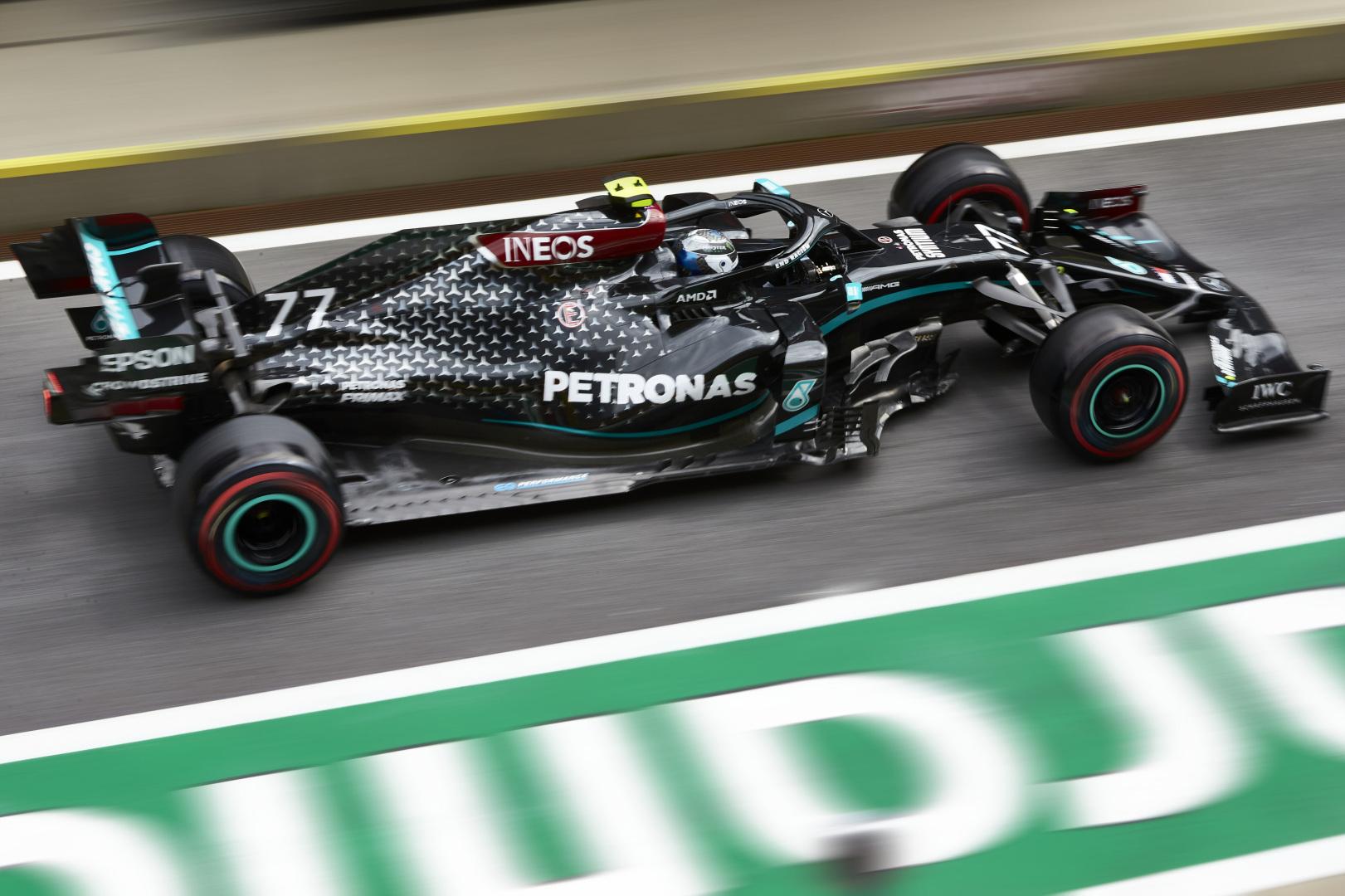 Formula 1 Mercedes Dominate Qualifying As Ferrari Pace Shocks