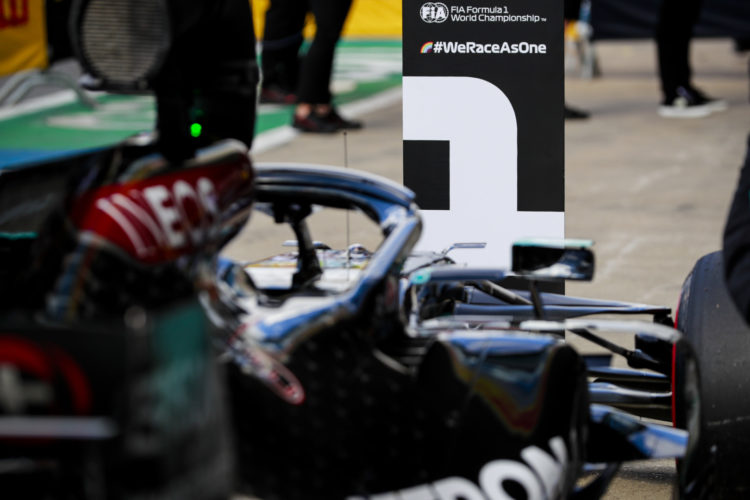 F1 Formula 1 Lewis Hamilton Mercedes British gRAND Prix Silverstone