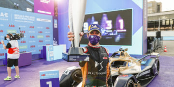 Da Costa dominant in Berlin as he extends his championship lead