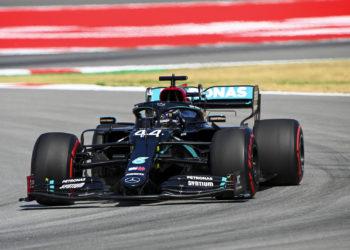 F1 Formula 1 Mercedes Lewis Hamilton Valtteri Bottas engine modes FIA Toto Wolff Mattia Binotto Ferrari