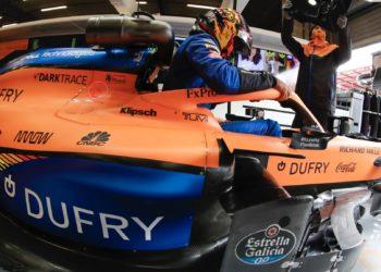 F1 Formula 1 McLaren Carlos Sainz exhaust