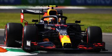 Albon racing with different spec parts to Verstappen