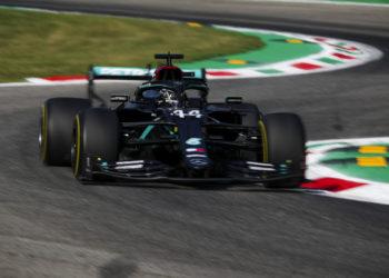 F1 Formula 1 Mercedes lEWIS hAMILTON Qualifying pole position italian grand prix monza