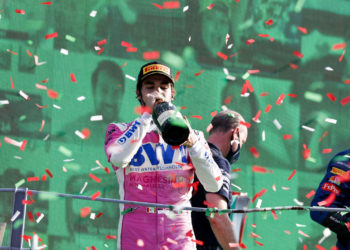 F1 Formula 1 Lance Stroll Racing Point red flag