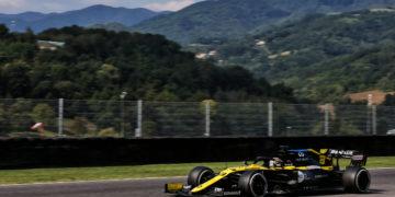 F1 Formula 1 Renault Practice FP2 Botta Hamilton Verstappen results