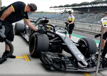 F1 Formula 1 Renault test driver Guanyu Zhou